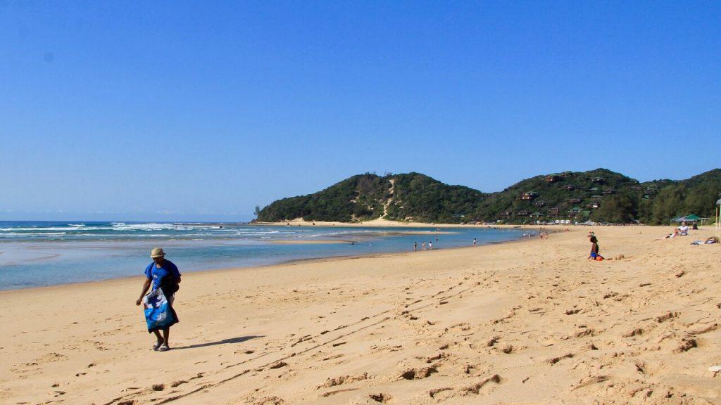 Golden beach at Ponto do Ouro